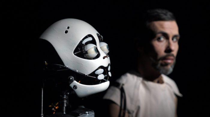 Scène et robotique : interactions et interrelations